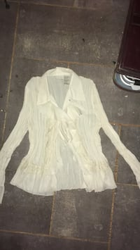 White button-up long-sleeved blouse Hubbardston, 01452