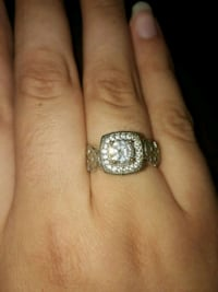 Silver ring Peoria, 61615