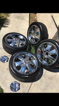 """18"""" rims and good tires.. no low ballers  2290 mi"""