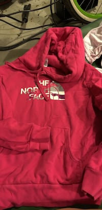 red and white Under Armour pullover hoodie Conway, 29527