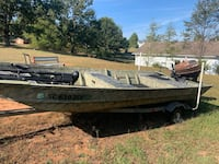 Clean title for Boat and motor, trades open Toccoa, 30577