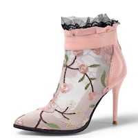 Brand New leather with fabric embroidered Ankle Boots Wood Dale, 60191