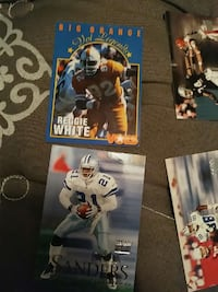 2 football trading cards