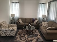 Sofa set with tables lamp and carpet Palmdale, 93551