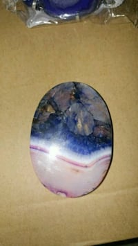 New agate gemstone pendant Montreal, H8T