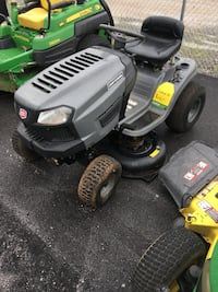 Black and gray craftsman ride on mower Piedmont, 36272
