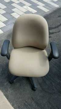 Office rolling armchair