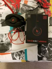 Beats solo 3 (brand new)