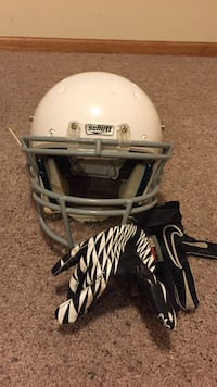 Schutt white and gray football helmet
