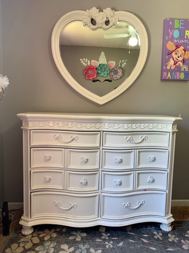 Photo Full size bedroom set Princess set from Rooms to Go
