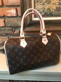 Louis Vuitton Speedy 30  Calgary, T2V