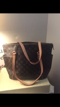 black and brown Louis Vuitton leather tote bag Redwood City, 94062