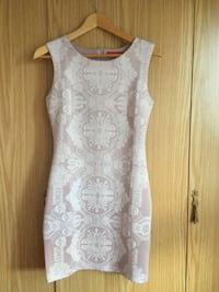 White and pink sleeveless dress null