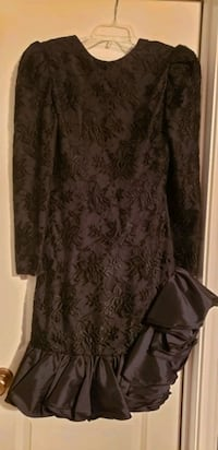 black and gray floral scoop neck long sleeve dress Austin, 78753