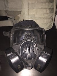 Military gas mask with case/holster Albuquerque, 87105