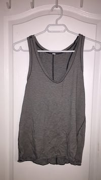gray scoop-neck sleeveless top Ajax, L1T 4M9