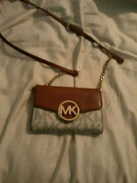 brown Michael Kors leather crossbody bag Silver Spring, 20902