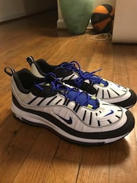 DS pair of 2018 Air Max 98 Racer Blue (Sprite) Gaithersburg, 20879