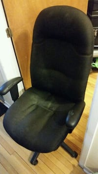 black leather padded rolling chair Montreal, H2T 2W1