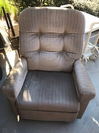 brown leather padded sofa chair Moreno Valley, 92555