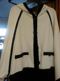Black & White hooded shirt with hobo sleeves