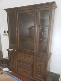 brown wooden framed glass display cabinet Daly City, 94015
