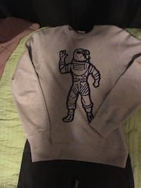 Men's Med Billionaire Boys club sweatshirt  Grande Prairie, T8V