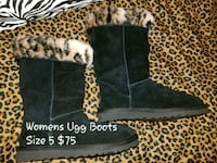 Womens Uggs Size 5 Charles Town, 25414
