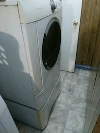 white front load clothes dryer Midwest City, 73110