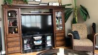 Solid wood entertainment centre Kitchener, N2N 3H6