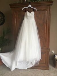 BRAND NEW David's Bridal Tucson, 85705