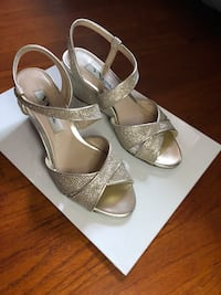 Sparkly wedges size 5 Fullerton, 92833