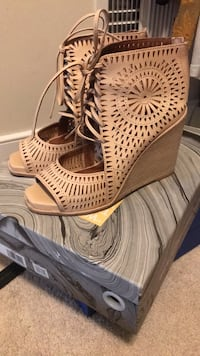 Jeffrey Campbell Wedges Sterling, 20165
