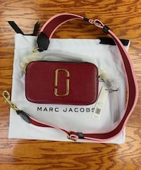 Marc Jacobs snapshot  Vancouver, V6Z 0A1