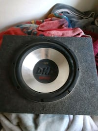 "10"" sub in box Tracy, 95376"