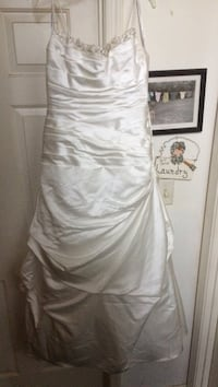 Women's Ivory Wedding dress