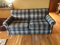 Couch with pull out bed The Plains, 20198