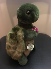 $10 Gund Turtle Plush 8.5 inches Tall Vintage VGC Montréal, H4G 1M2