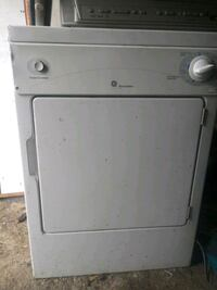 white front load clothes dryer Harpers Ferry, 25425