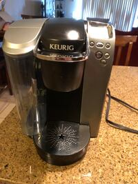 Keurig B70 Platinum Brewing System with reusable ground coffee filter for $115.00. Gaithersburg, 20877