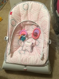 baby's white and pink bouncer Ceres, 95307