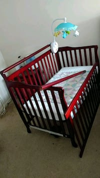 Crib with Mattress and Fisher price mobile (with m Greenbelt, 20770