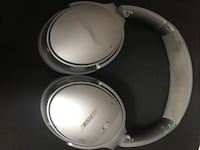Bose qc35 II silver Bluetooth noise canceling headphones. Falls Church, 22044