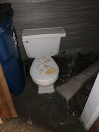 Toilet Clearwater, 55320