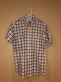Men's Medium short sleeve shirts