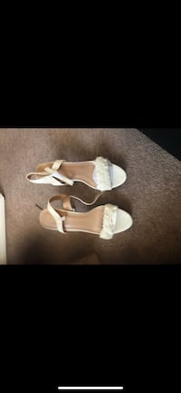 Pair of cream open toe ankle strap heels Temple Hills, 20748