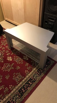 TV table with glass shelf. Good condition Westmount, H3Y 3G2