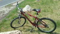 Aluminum 21-speed 26 in Wheels candy apple red Mon Alexandria