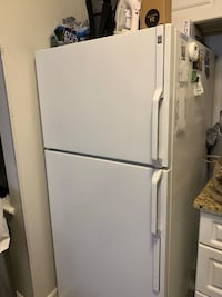 white top-mount refrigerator Falls Church, 22043