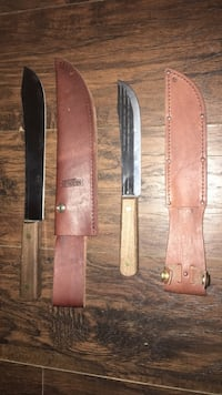 pair of kitchen/utility knives with sheaths